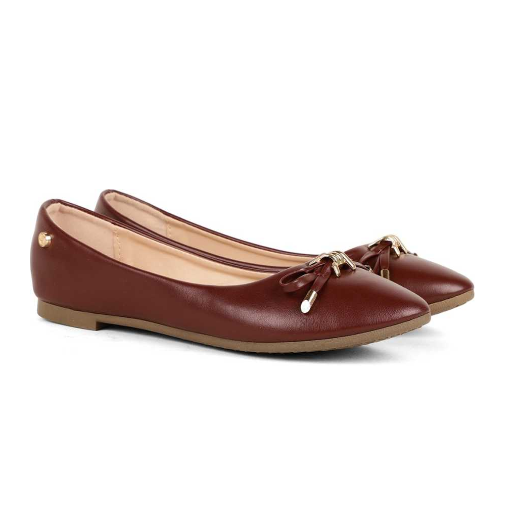 Women Maroon Bellies Sandal