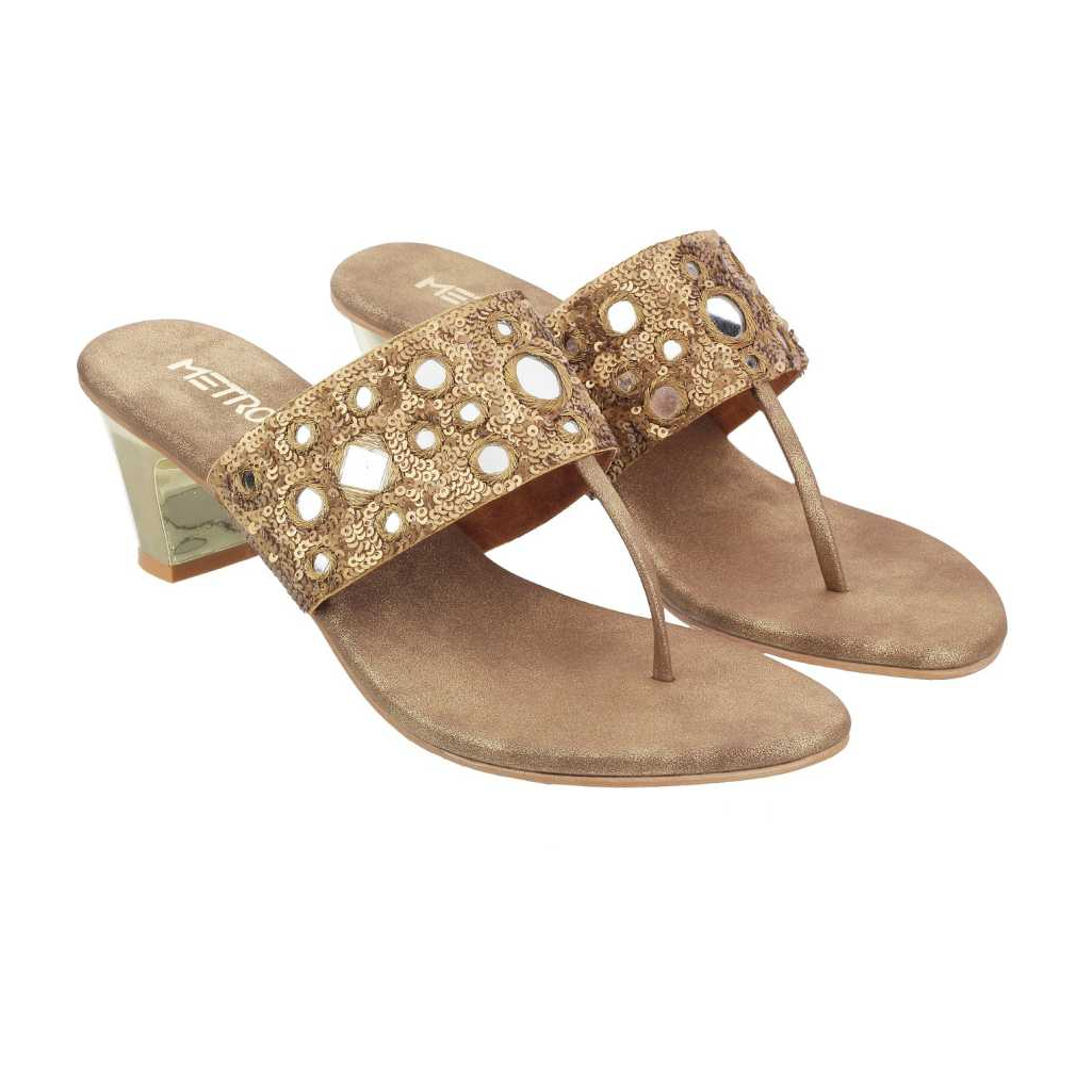 Women Gold Flats Sandal1