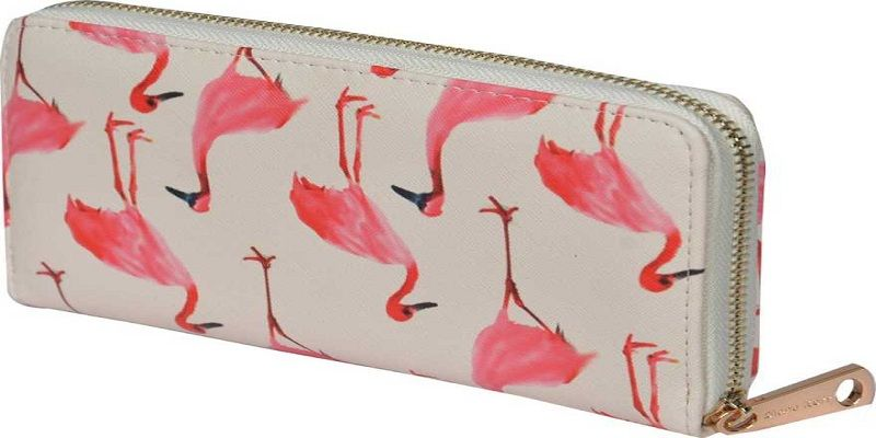 Casual White, Red Clutch